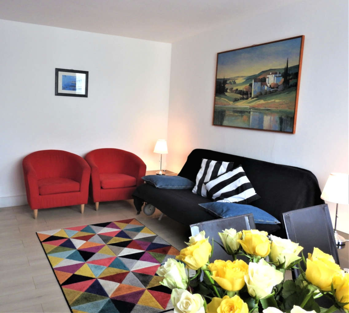 A Romantic Notting Hill Apartment In London: Notting Hill Gate 1 Bedroom Suites