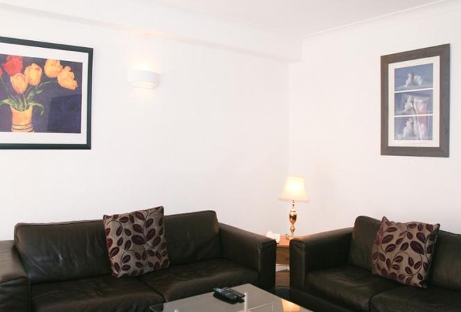 hertford-gallery-apartment3-living.jpg