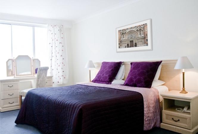 hertford-court-bedroom.jpg