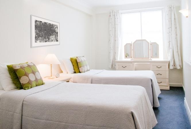hertford-court-twin-beds.jpg