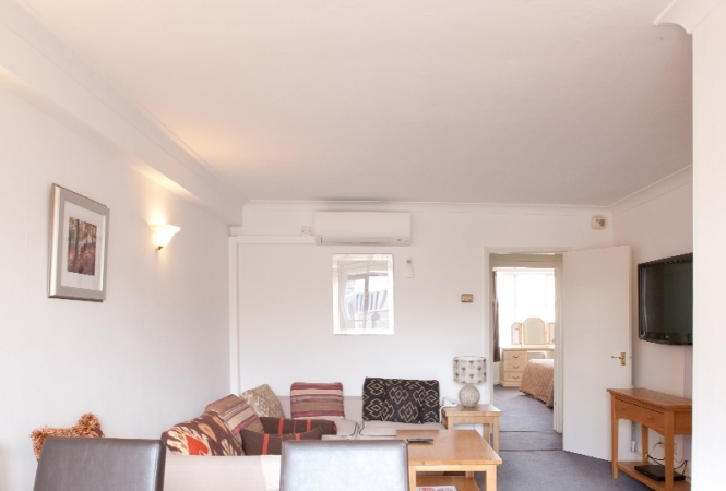 hertford-gallery-apartment11-living.jpg