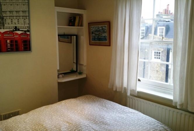 Flat 6 bedroom.jpg