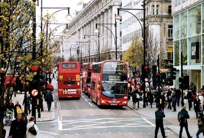 Oxford_Street_December.jpg