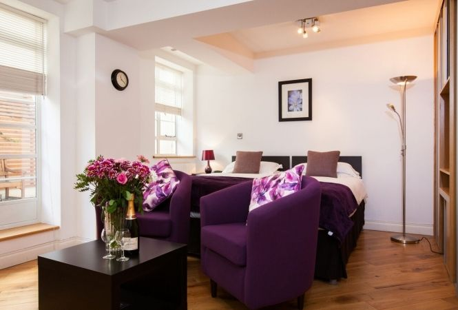 4 Star Quality Studio Suites near Sloane Square - Nell Gwynn House
